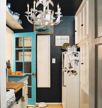 apartment envy interior design decorating DIY weekend project before and after makeover inspiration ideas how to how-to apartment condo rental washington dc d.c. district of columbia kitchen black walls chalkboard paint apartment therapy design sponge