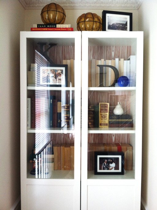 bookcase bookshelf bookshelves ikea billy paper source wrapping paper customize faux bois wallpaper. styling how to before and after makeover books living room bedroom white