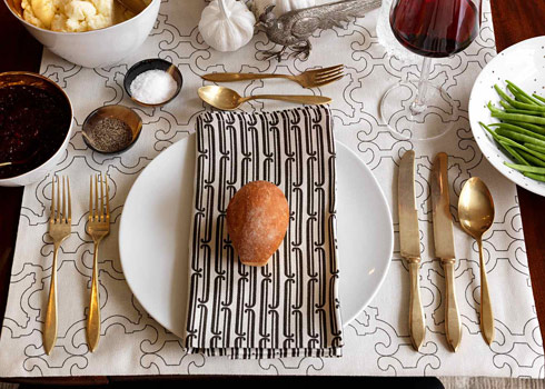 thanksgiving tables cape table setting place dishes flatware glassware centerpiece linens holiday decor dwellstudio dwell studio napkins placemats apartment envy